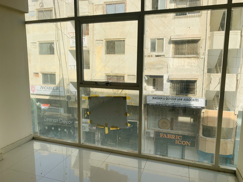 OFFICE FOR SALE IN TAUHEED COMMERCIAL AREA DHA PHASE 5 KARACHI