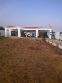 Farm Houses Plots Land on installment with 24 hours security