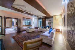 10 Marla House for Rent in Lahore Expo Center And Emporium Mall