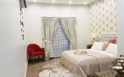 944 sq ft 2 bed apartment at crescent lake tower
