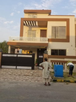 House for sale in Citi housing Gujranwala