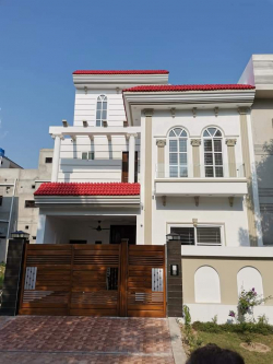 5 Marla Brand House for Sale
